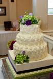 cake topper of fresh flowers